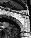 Bay and Door Detail, 3322 S. Calumet, photo by Bob Thall, 1987