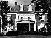 Horace Horton House, 10200 S. Longwood Drive, John T. Long, architect, Colonial Revival, photo by Barbara Crane