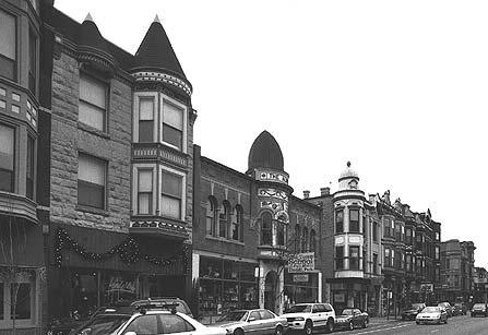 Streetscape, 900-block W. Armitage Ave., photo by Terry Tatum, 2001