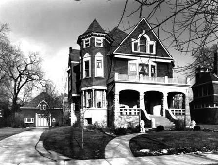 South Elevation, Photo by Bob Thall, 1986