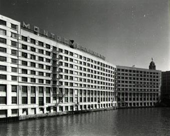 Exterior, photo by Richard Nickel, 1970