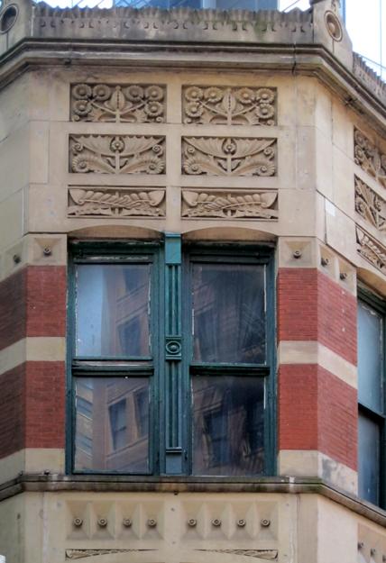 Sullivan window detail