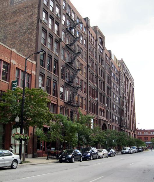 Block of 600 S. Dearborn St.