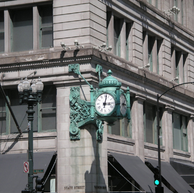 Clock at State and Washington streets, photo by Susan Perry, CCL, 2007